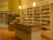 files/dw/Projekte/1 Medizin - Pharmazie/Roj Centre Pharmacy/thumbnail.jpg